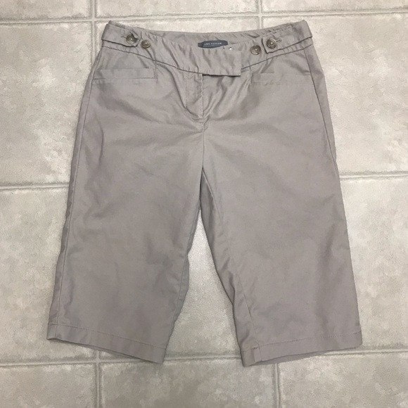 Ann Taylor Pants - Ann Taylor Bermuda Khaki Shorts, Size 2